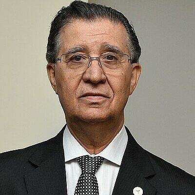 Dr. Nehemias Curvelo Pereira