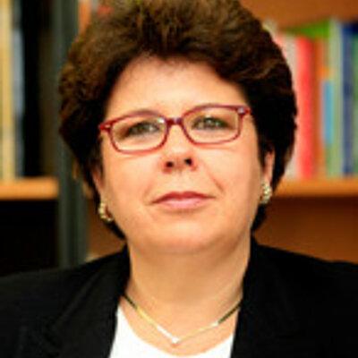 Profa. Dra. Esmeralda Rizzo
