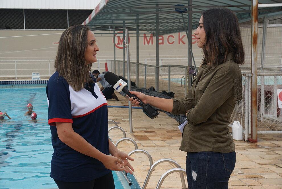 Treinadora Simone Formiga em entrevista