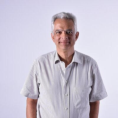 Prof. Dr. Luiz Eduardo Guimarães Dias
