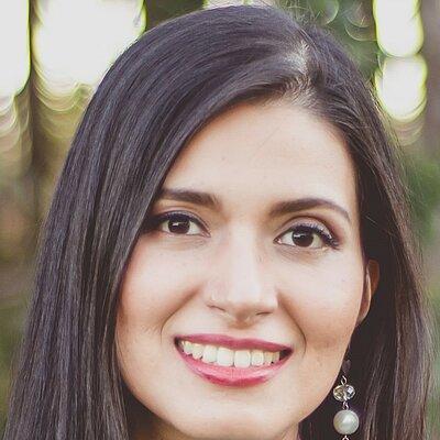 Dr. Ana María Garzón Porras