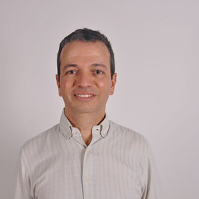 Prof. Dr. Vinicius Miana Bezerra