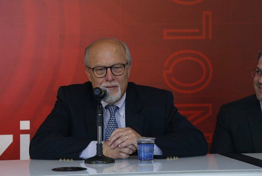 Professores Walter Bardenwerper e André Pagani no evento de abertura.