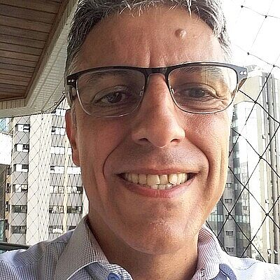 Prof. Dr. Rogério de Oliveira