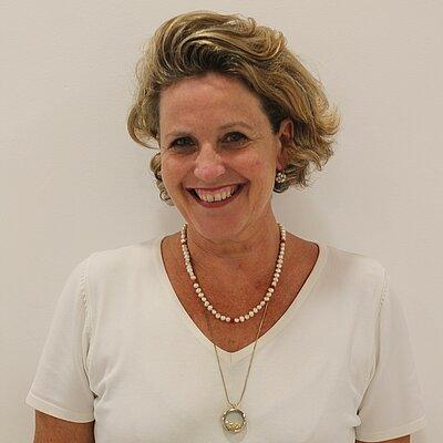 Profa. Dra. Marta Fabiano Sambiase