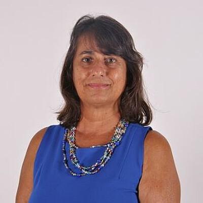 Prof. Drª. Ariane Daniela Cole