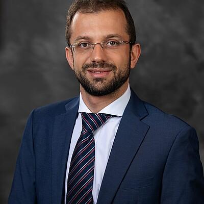 Prof. Ms. Max Filipe Silva Gonçalves