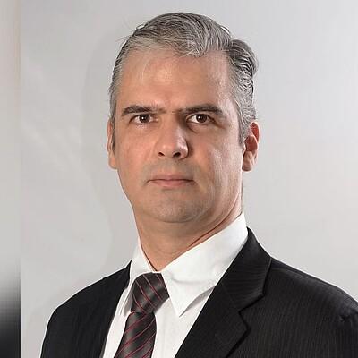 Prof. Dr. Fabiano Augusto Petean