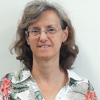 Profa. Dra. Emília Correia