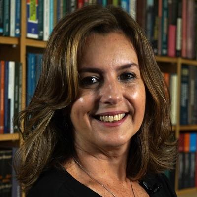 Profa. Ms. Rosângela Magallon