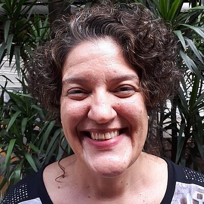 Profa. Dra. Claudia Klement