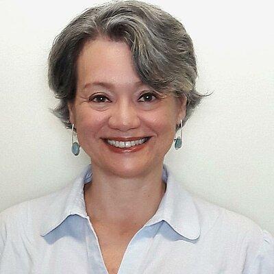 Profa. Dra. Adriana Benetti Marques Valio
