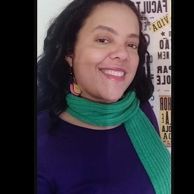 Profa. Ms. Rejane de Fátima Araújo