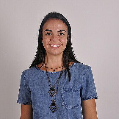 Prof.ª Dra. Esther Lopes Ricci Adari Camargo