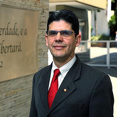 Rev. Marcelo Coelho
