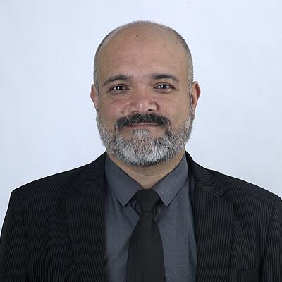 Prof: Ms. Valdir Luciano Pfeifer da Silva