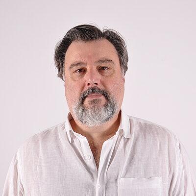 Prof. Ms. Mário Biselli