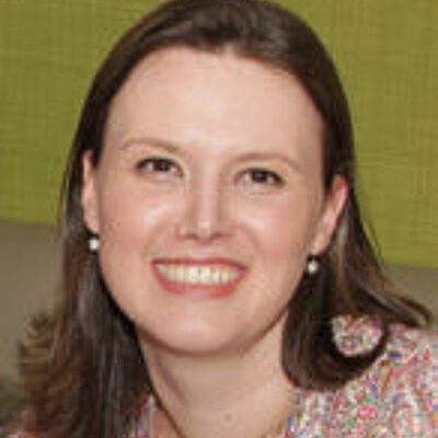 Profa.Dra. Ana Carolina Almada Colucci Paternez