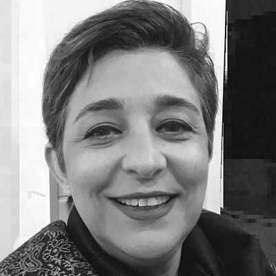 Profa. Dra. Viviane Rubio