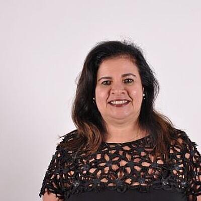 Profª. Drª. Nara Silvia Marcondes Martins