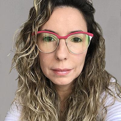 Profa. Ms. Thaiza Caldeira Martins