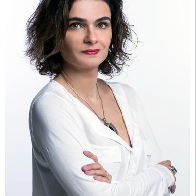 Elisa Mara Silveira Fernandes Leão