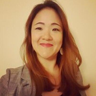 Profa. Ma. Ji Yoon Lee Sanches