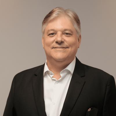 Prof. Me. Carlos Alberto Ribeiro Monero