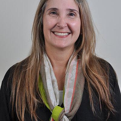 Profa. Ms. Vanise de Barros Mellaci