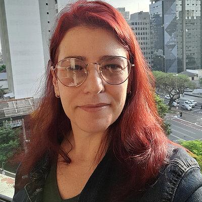Profa. Dra. Carolina Vigna Prado