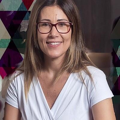 Profa. Dra.Paula Zambelli S. Brasil
