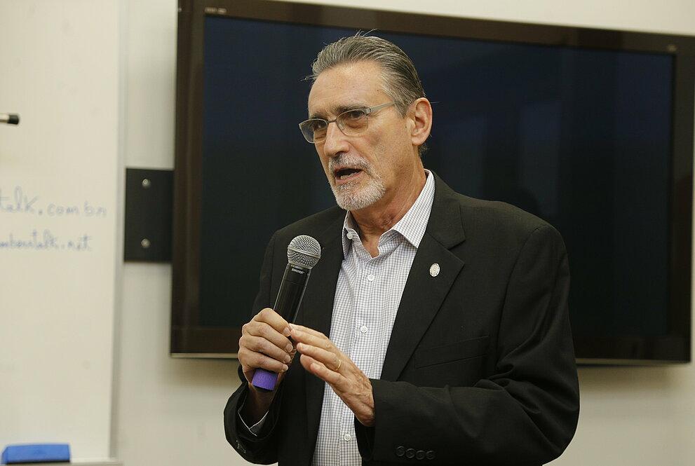 Sérgio Lex, diretor de EE.