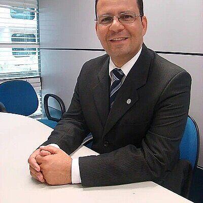 Professor Alex Fabiane Teixeira