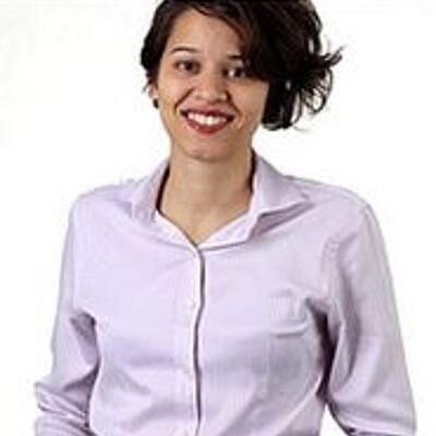 Profa. Dra. Cecília de Carvalho Castro e Silva