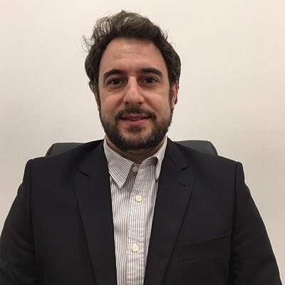 Prof. Dr. Thiago da Cruz Canevari