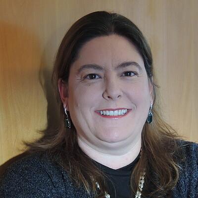 Profa. Dra. Liliane Cristina Segura