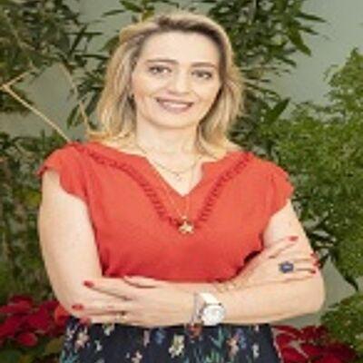 Profa. Ma. Andrea Cristina Deis Rodrigues