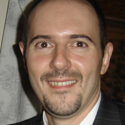 Prof. Dr. Rogério Paulucci Mauad
