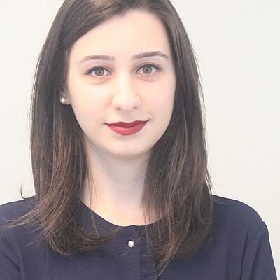 Profa. Ms. Andressa Loli Bazo