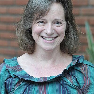Profa. Dra. Adriana Camejo da Silva Aroma