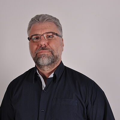 Prof. Dr. Gustavo A. Schmidt de Melo Filho