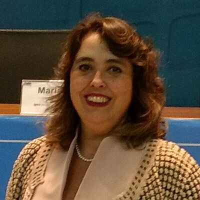Profa. Dra. Elaine Coutinho Marcial