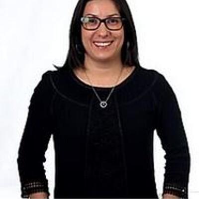 Profa. Dra. Camila Marchetti Maroneze