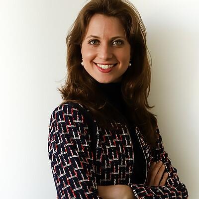 Profa. Ms. Carolina de Gioia Paoli