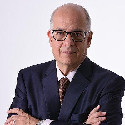 Prof. Dr. José Francisco Siqueira Neto