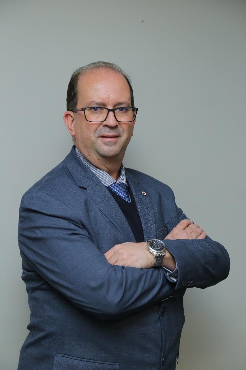 Diretor - Denys Cornélio Rosa