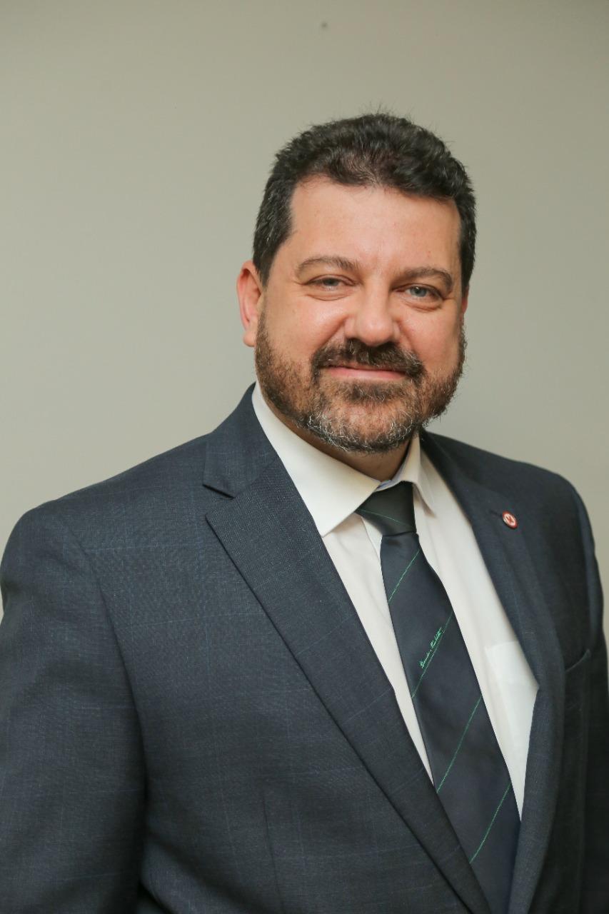 Diretor - Carlos Cesar Bof Bufon